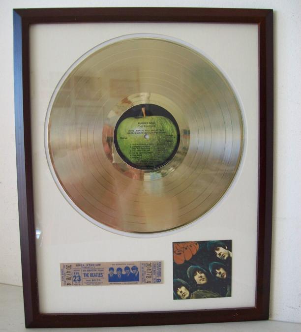 Gouden plaat LP The Beatles Rubber Soul