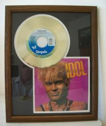 Gouden plaat Billy Idol - To be a lover